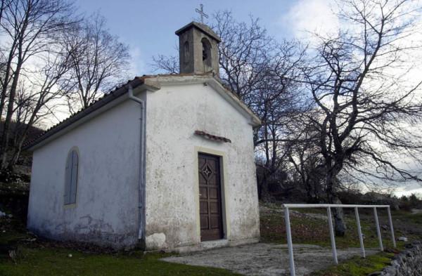 cappella votiva nel paese Mala Ucka