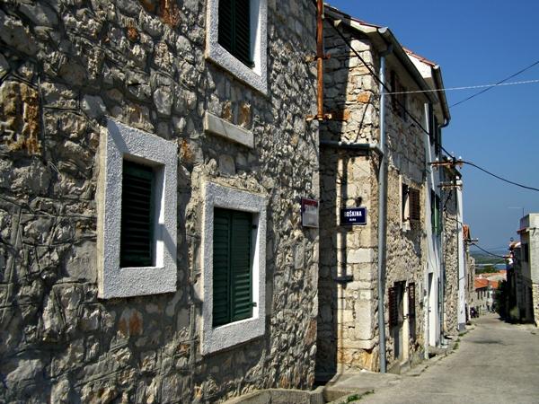 isola Murter case antiche pietre a vista