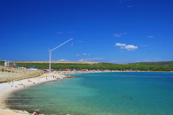 Novalja e la spiaggia Zrce
