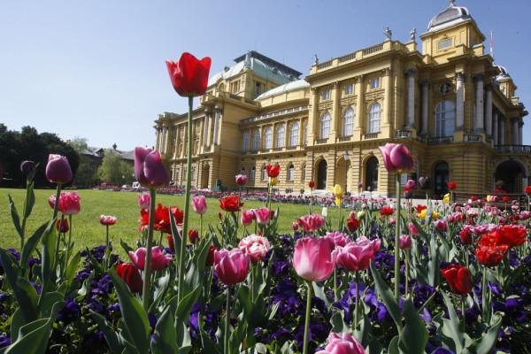 Teatro di Zagabria in primavera