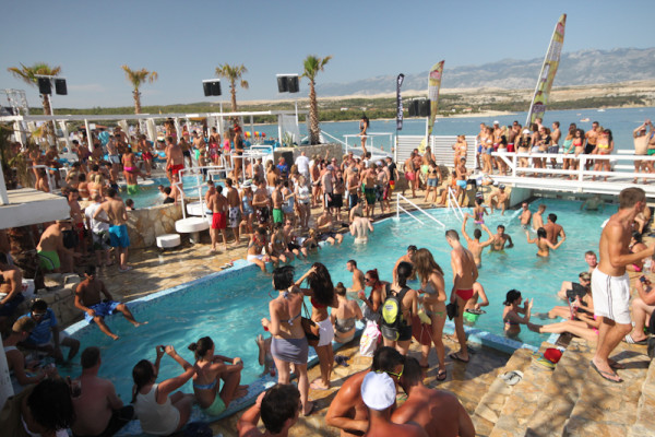 pool party a Zrce vicino a Novalja