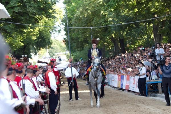 Sinj presentazione dei cavalieri del torneo Sinjiska Alka
