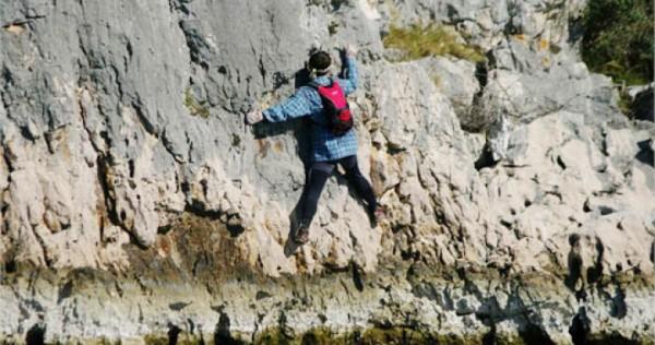 Skraping o corsa sugli scogli sull'isola Pasman