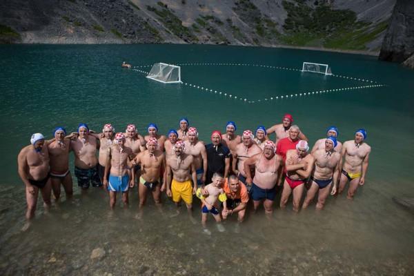 pallanuoto nel Lago Blu di Imotski