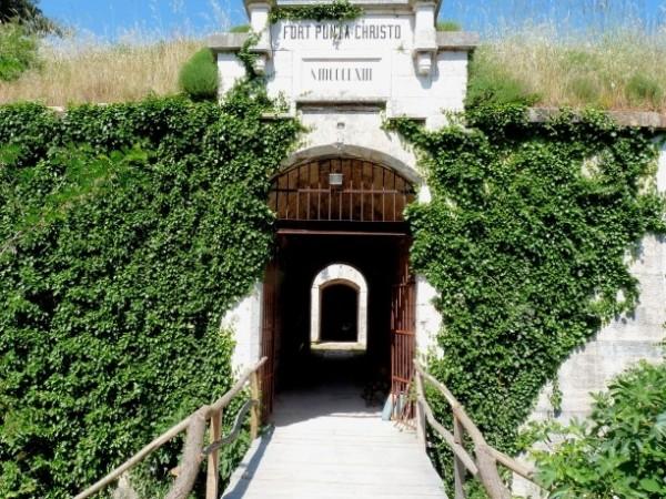 Fort Punta Christo a Pola