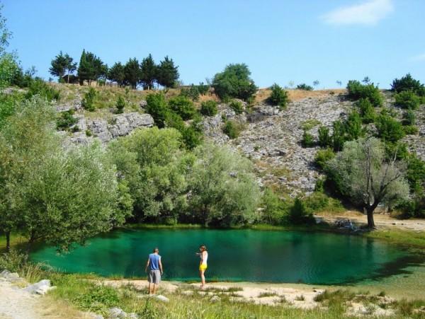 la sorgente del fiume Cetina in Dalmazia
