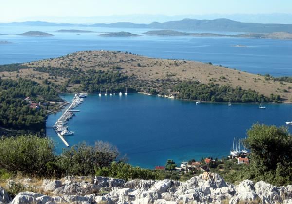 isola e marina di Zut Dalmazia