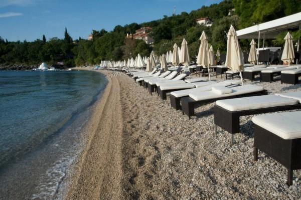 beach bar Hemingway a Medveja Riviera di Opatija