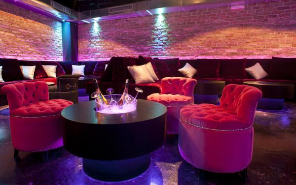 Pink Champagne Club isola Hvar