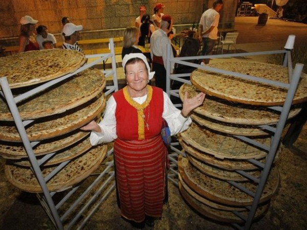 Poljicki Soparnik torta salata
