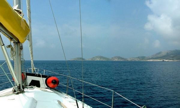 navigare in barca a vela a Lastovo