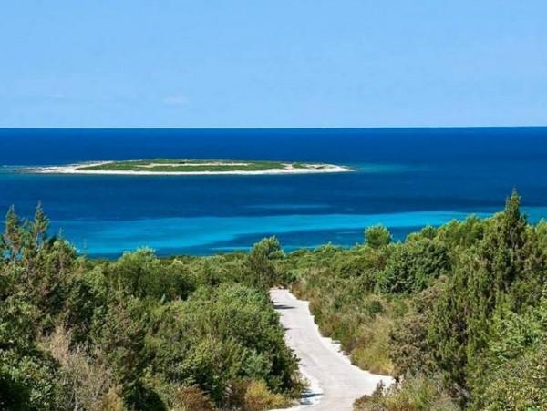 Veli Zal e l'isolotto di Mezanj sull'isola Dugi Otok