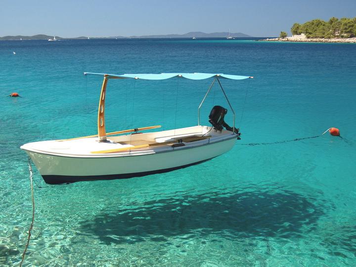 barche volanti a Milna sull'isola Brac
