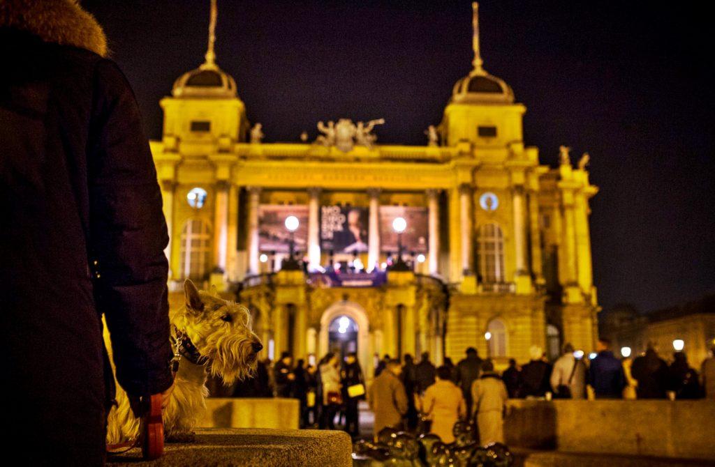 Avvento a Zagabria luci colori e celebrazione