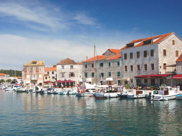 Stari Grad sull'isola Hvar porto e località turistica storica