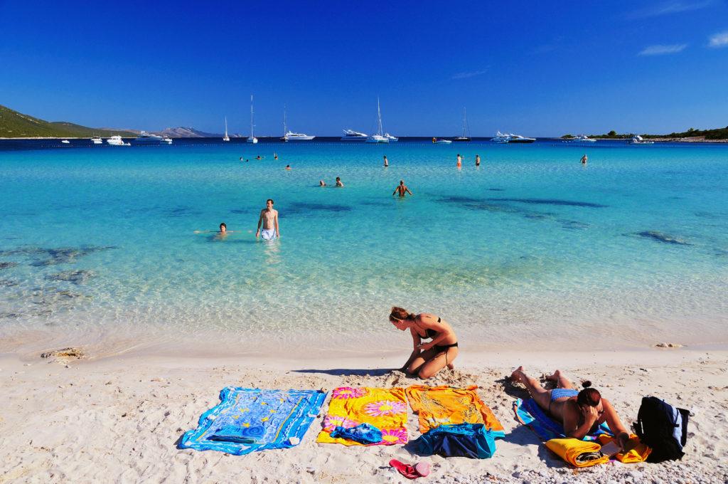 spiaggia Sakarun, sabbia e ciottoli