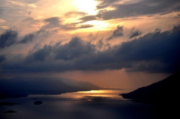 tramonto sulla penisola di Peljesac in Dalmazia