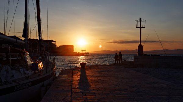 tramonti sull'isola Hvar