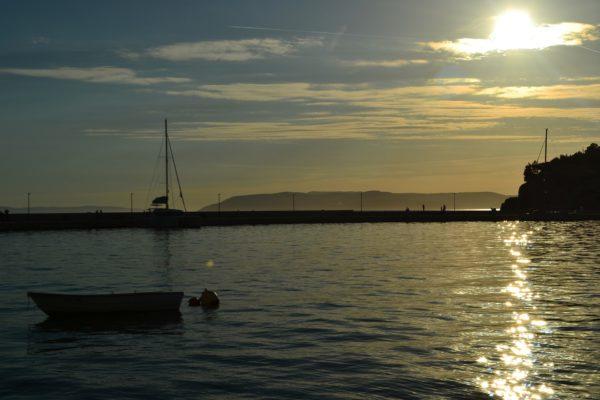 cielo rannuvolato sulla Riviera di Makarska